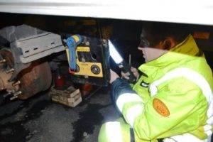 Technine-pagalba-kelyje-istraukimas-transportavimas-krano-paslaugos-557-2015.11.14 (1)
