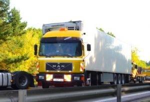 Technine-pagalba-kelyje-istraukimas-transportavimas-krano-paslaugos-568-2015.07.16 (32)