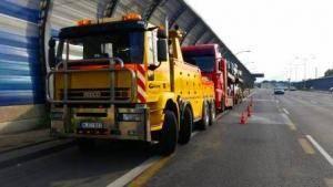 Technine-pagalba-kelyje-istraukimas-transportavimas-